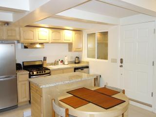 PHLY179B - Lower Pac Heights Studio - San Francisco vacation rentals