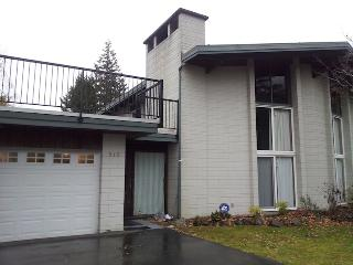Vacation House near Harrison Lake - Hope vacation rentals