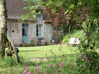 Domaine de Villette - Escargot - Luzy vacation rentals