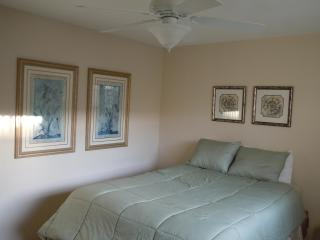 Beautiful 2 bedroom in Sherman Oaks - North Hollywood vacation rentals