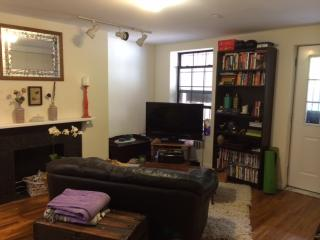 Trendy Brooklyn apartment with private garden. - Brooklyn vacation rentals