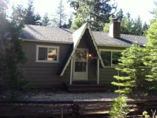 SLT Retreat w/Hot Tub,WiFi,Netflix-Close to Beach - South Lake Tahoe vacation rentals