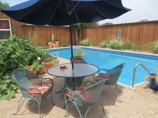 Lovely home in a lovely neighborhood in Plano! - Plano vacation rentals
