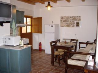 Ksa Sou Guest house 2 - Listaros vacation rentals