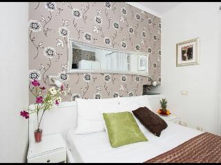 Pjaceta Marileo Double Room - Split vacation rentals