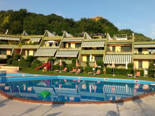 The orange garden - San Vito Chietino vacation rentals