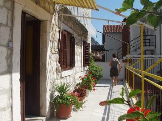 Stone villa (Omiš center) - Apartment 2 - Omis vacation rentals