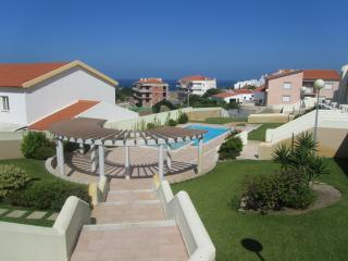 Holiday Home in Peniche - Peniche vacation rentals