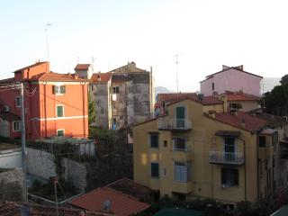 San Terenzo a pochi passi dal mare - San Terenzo vacation rentals
