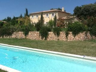 Beautiful 5 Bedroom Villa Rental with a Pool, Aix en Provence - Aix-en-Provence vacation rentals
