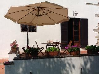 3 bedroom Tuscan holiday villa in the countryside with pool and balcony - Bagno a Ripoli vacation rentals