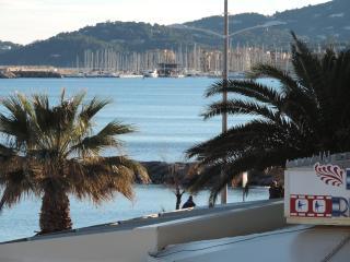 studio cabine vue mer - Le Lavandou vacation rentals