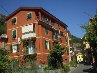 Enrica 2 - Moneglia vacation rentals