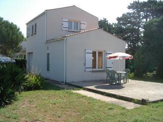 STUDIOS dans l'ILE d'OLERON - Saint-Georges d'Oleron vacation rentals