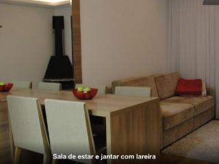 Charme e beleza em Gramado - Gramado vacation rentals