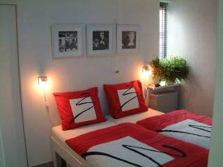 Apartment Almere near Amsterdam, 1bd, 3p. - Almere vacation rentals