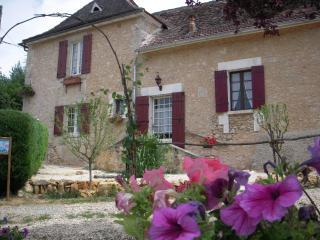 Gîte  FORESTIER - Saint-Jean d'Eyraud vacation rentals