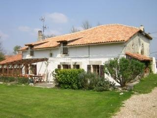 Character Farmhouse - Verteillac vacation rentals