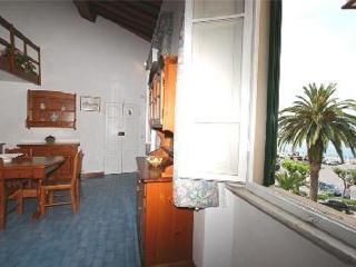 Casa Le Ghiaie Portoferraio centro - Portoferraio vacation rentals