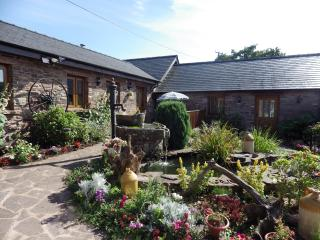 BEECH AT USK COUNTRY COTTAGES - Usk vacation rentals