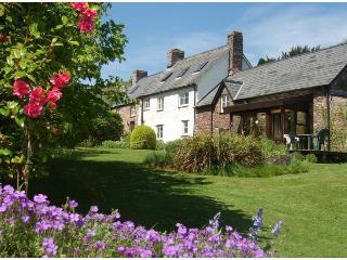 Red Hart Self-Catering Cottage - Crickhowell vacation rentals
