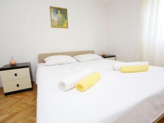 Seaside Apartment 4P - Villa Skala - Petrcane vacation rentals
