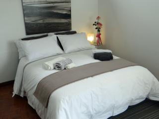 Alegria Apartment Porto Downtown, 2-5 persons - Porto vacation rentals