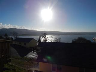 4* Bungalow No 7 - 2 Bedrooms sleeps up to 5 - Aberdovey / Aberdyfi vacation rentals