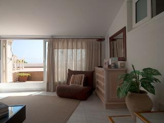 Penthouse Aigua Blava - Begur vacation rentals