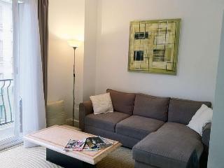 Modern Paris boulogne apartment 4 sleeps 55m² - Paris vacation rentals