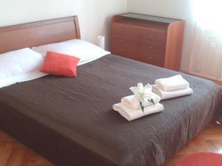 Apartment TIM, Split - Split vacation rentals