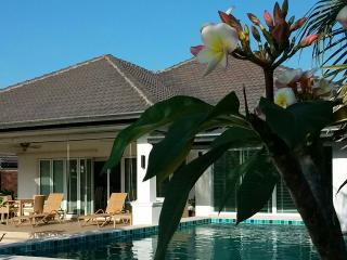 LAKESIDE POOL VILLA in LAGUNA - Hua Hin vacation rentals