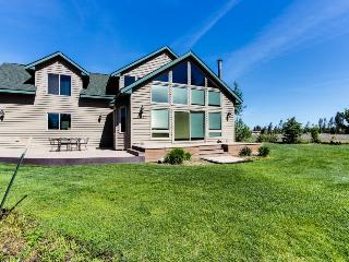 Spacious lakefront home - Donnelly vacation rentals