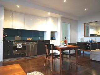 TimeOut - Inner Melb Richmond - Riviera Riverside - Kew vacation rentals