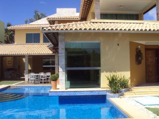 Casa de 5 quartos em condomínio de Luxo. Beira rio - Aracaju vacation rentals