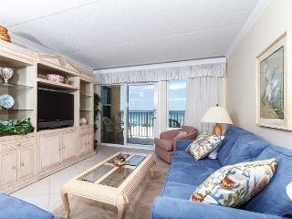 IE 3L: Gorgeous beachfront unit- gulf view, internet, free beach chairs - Fort Walton Beach vacation rentals
