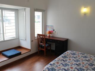 Cosy Milton One BHK - Bangalore vacation rentals
