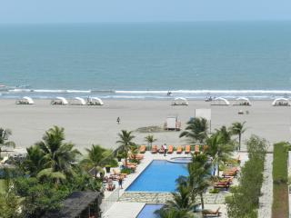 CARTAGENA OCEAN FRONT APARTMENT - Cartagena vacation rentals