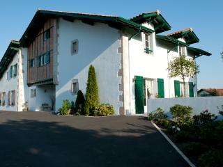 IPARRA MAISON D'HOTE DE CHARME AU PAYS BASQUE - Arcangues vacation rentals
