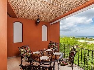 Beautiful 2 Bedroom Condo with Views - Tamarindo vacation rentals