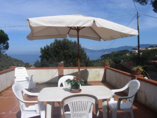 Elba Island holiday house with private terrace and - Portoferraio vacation rentals