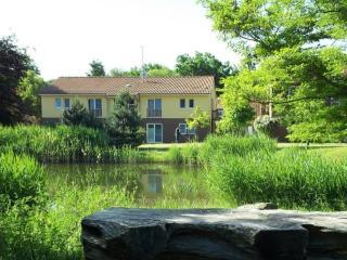 LLAG Luxury Vacation Apartments in Wiesenburg - 646 sqft, tranquil, quiet, comfortable (# 5179) - Brandenburg vacation rentals