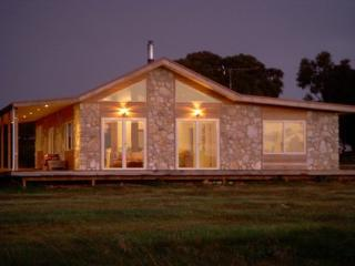 Sea Stone Cottage - Emu Bay vacation rentals