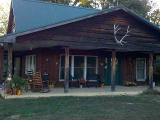 Croys Cabins  Tennessee Hunting and Fishing lodge - Greeneville vacation rentals