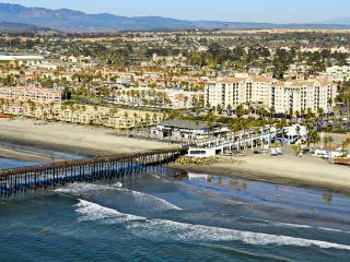 2 Bedroom Deluxe Ocean View - **Priced to Rent** - Oceanside vacation rentals
