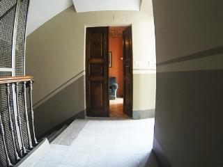 CENTRAL ROMANTIC APT IN TORINO - Turin vacation rentals