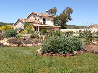 esclusiva villa in campagna con piscina privata - Alghero vacation rentals