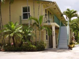 Comfortable Grandview Heights 2 Bedroom Condos - West Palm Beach vacation rentals