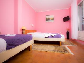 BV6 Air conditioned room with balcony - Portoroz vacation rentals