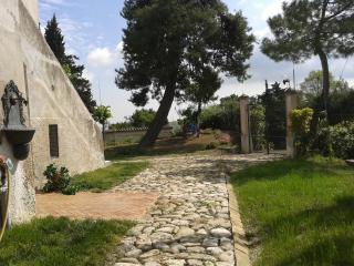 Casale Fonte delle Pietre, tra mare,monti e storia - Offida vacation rentals